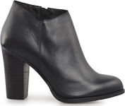 AMAL-BLACK-women-Traffic Footwear