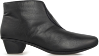 SIMPSON-BLACK PATENT-boots-Traffic Footwear