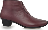 SIMPSON-BURGUNDY-boots-Traffic Footwear