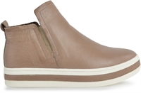 PEGGIE-MOCCA LEATHER -women-Traffic Footwear