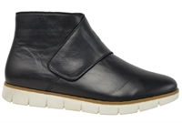 MASTER-BLACK LEATHER-women-Traffic Footwear