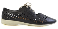 LILLIE-BLACK-women-Traffic Footwear
